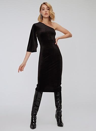 People By Fabrika Tek Omuz Kadife Elbise Siyah